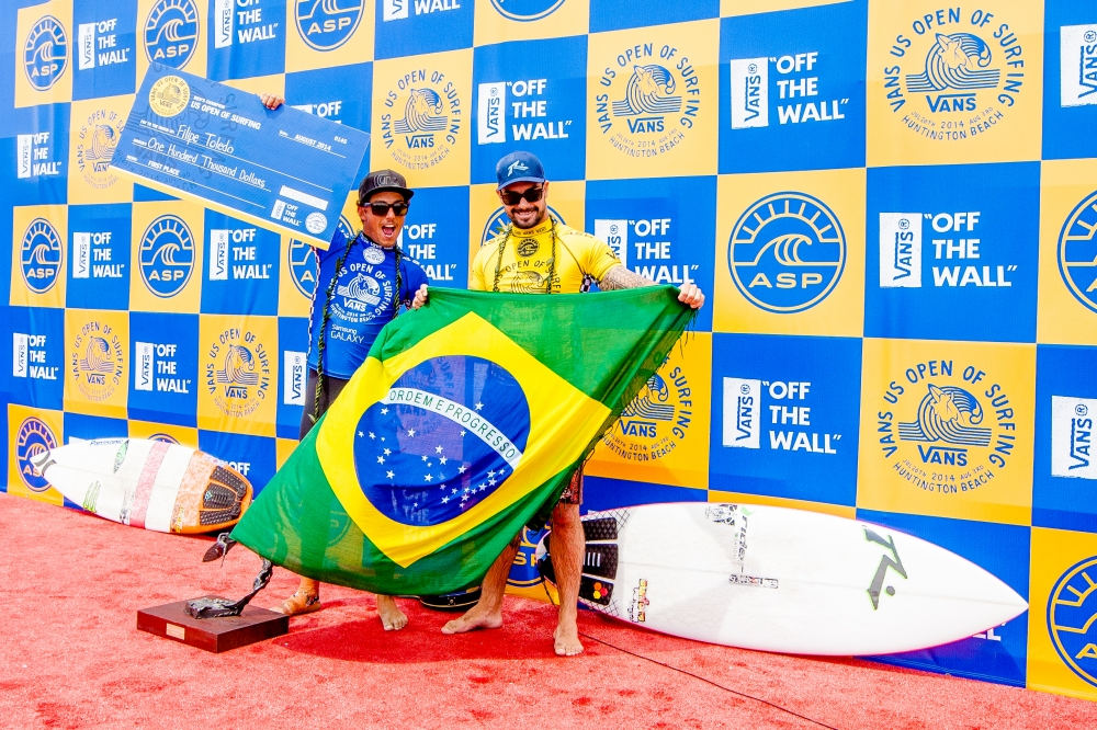From left: Filipe Toledo and Willian Cardoso  (Photo by Michael Lallande)