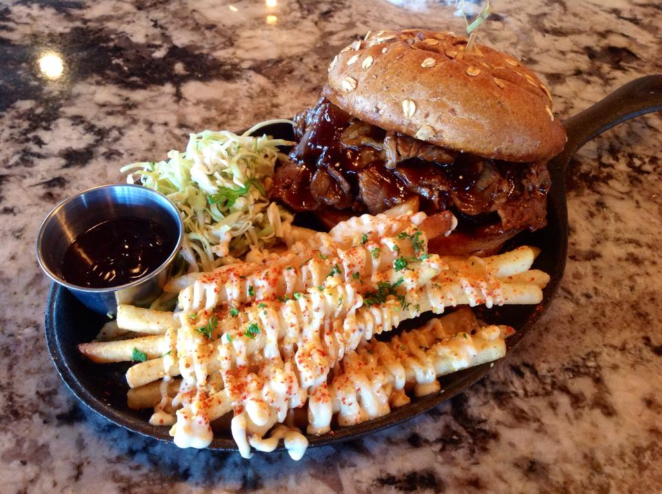 The Reef Angus Burger (Photo courtesy of Reefs Edge Grill)