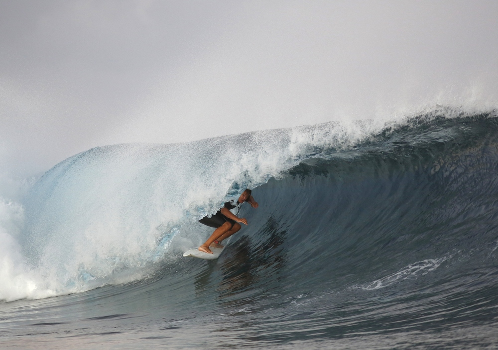 Carrozza Team Rider Nick Haworth on the Carrozza Heater model surfing Tavarua  (Photo courtesy of Carrozza)