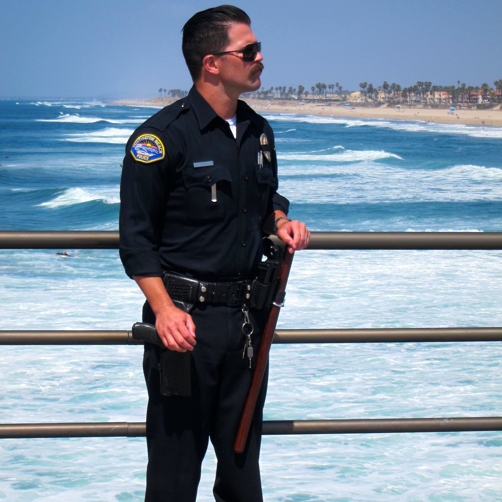 No, this is not an actor. This is an actual Huntington Beach Police Department officer, and he was the talk of the crowd today.  (Photo by Lauren Lloyd)