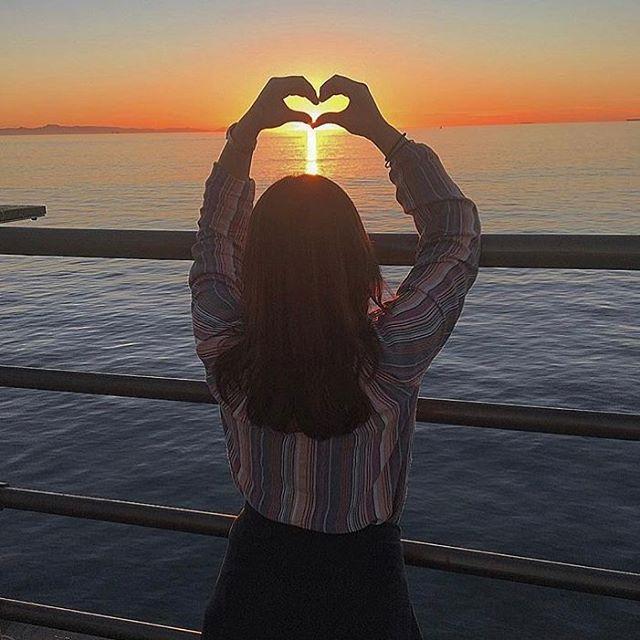 Hey Huntington Beach, we love you. 💘 Happy Valentine's Day. 📷 @que_sera_sera15 . . . . #happyvalentinesday #huntingtonbeach #hb #hbpier #hbsunset #sunset #surfcityusa #oc #orangecounty #socal #southerncalifornia