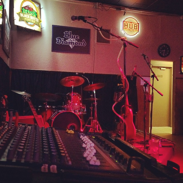 Ready to hit @bluediamondpdx #fridaynight #livemusic