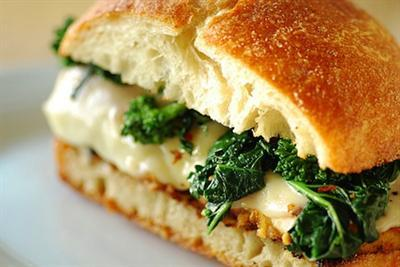 italian-chicken-sandwich-with-broccoli-rabe.jpg