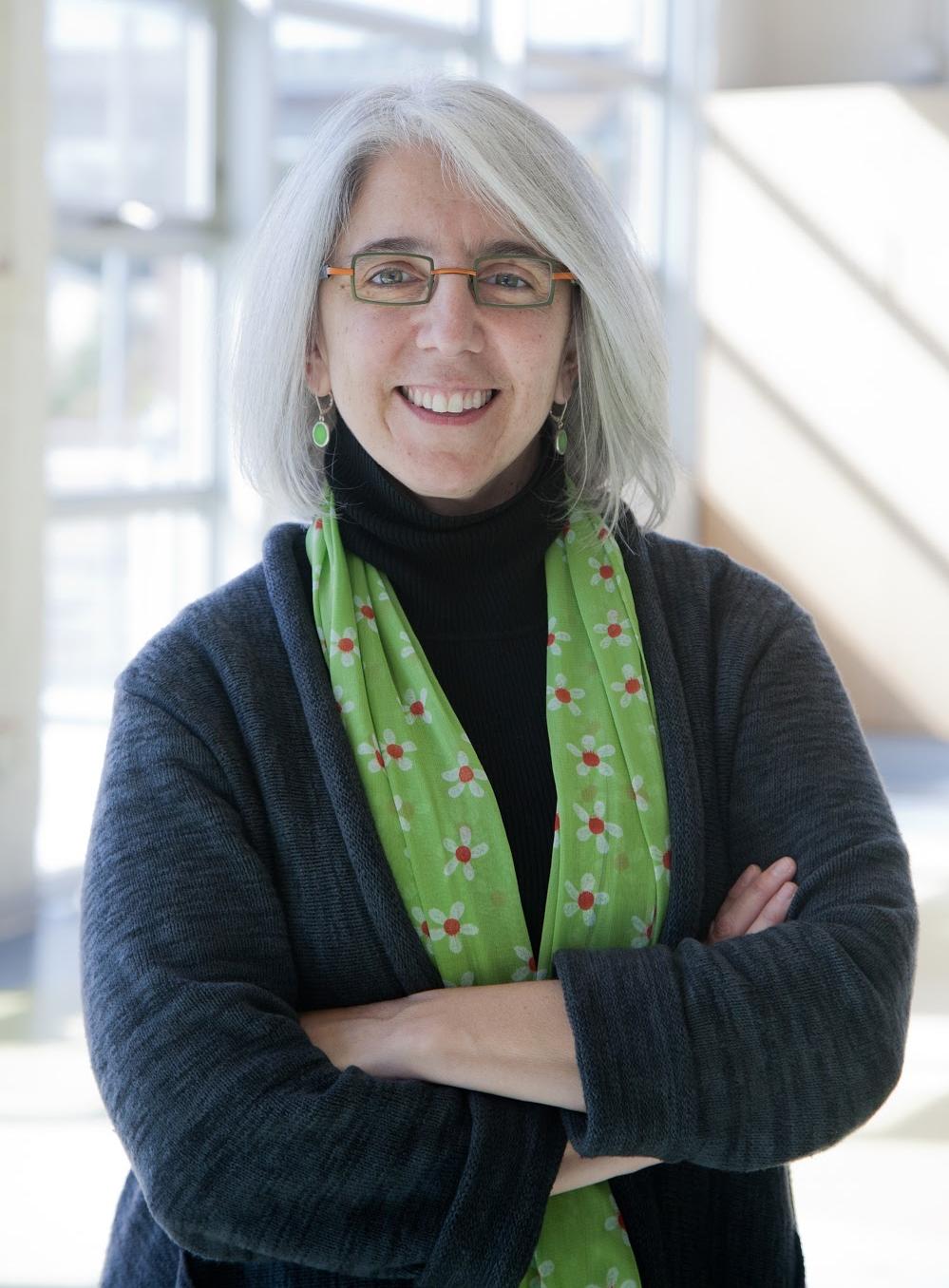 Linda Echt, Head of School