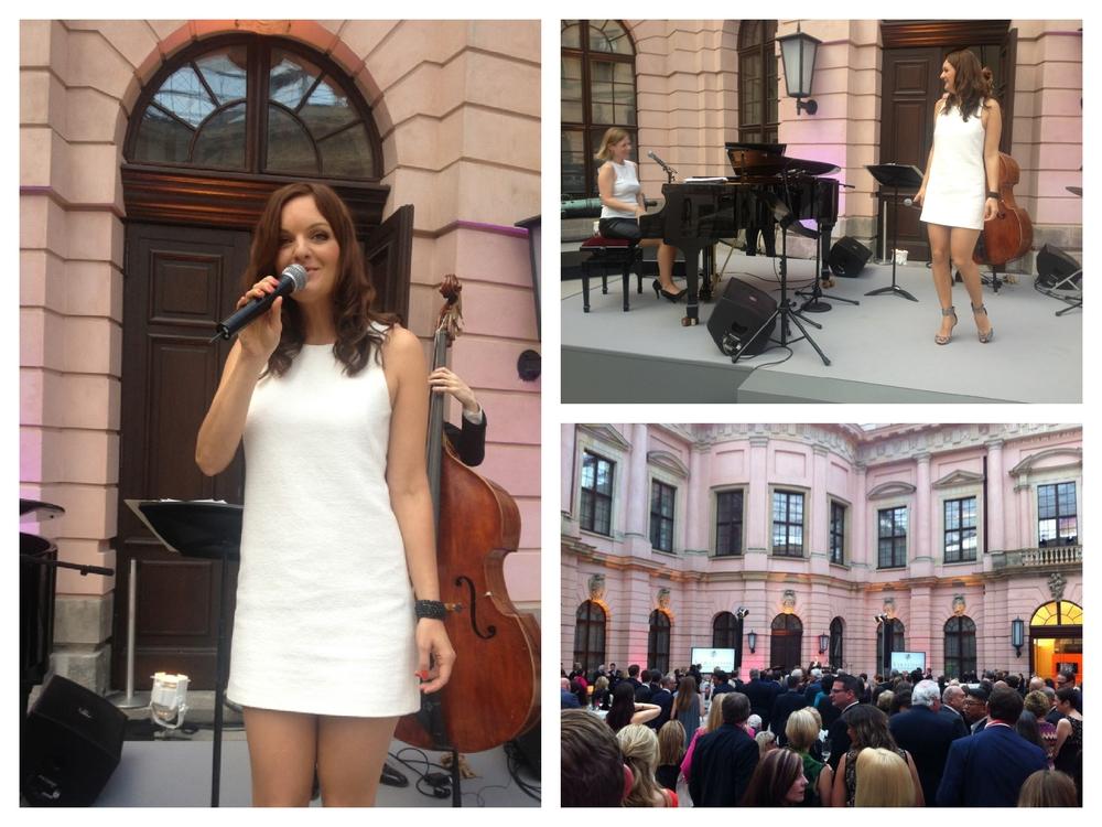 Die Sängerin Iza Höll mit der Jazzband Fourluxe im Deutschen Historischen Museum