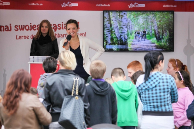 Deutsch polnische Moderatorin Iza Höll in Danzig  Foto: Mariusz Cieszewski