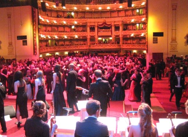 Mit JJFetzer Orchestra beim Semperopernball in Dresden 2012