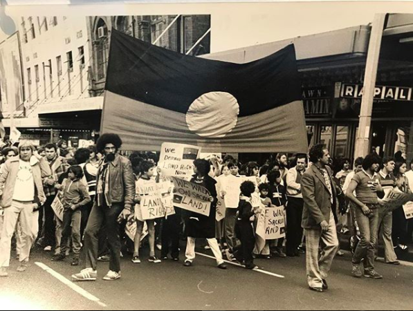 原住民土地权利运动,雪梨,澳州。摄影/Elaine Syron