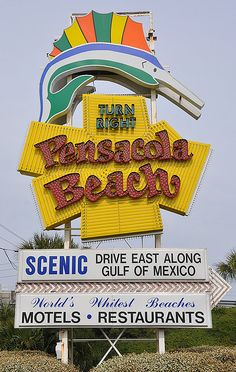 The iconic Pensacola Beach sign