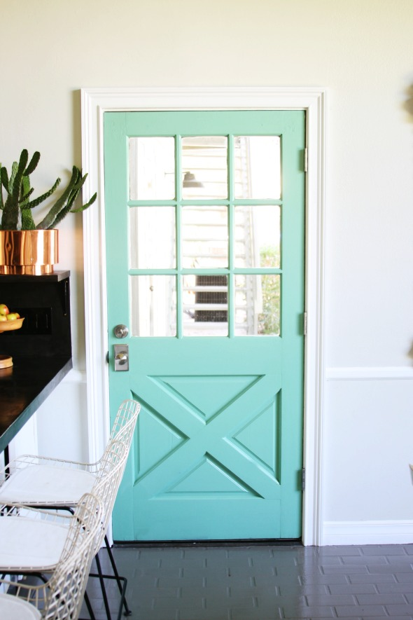 Here's Emily's mint door from Little Green Notebook.