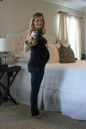My weekly bump pic at 37 weeks.