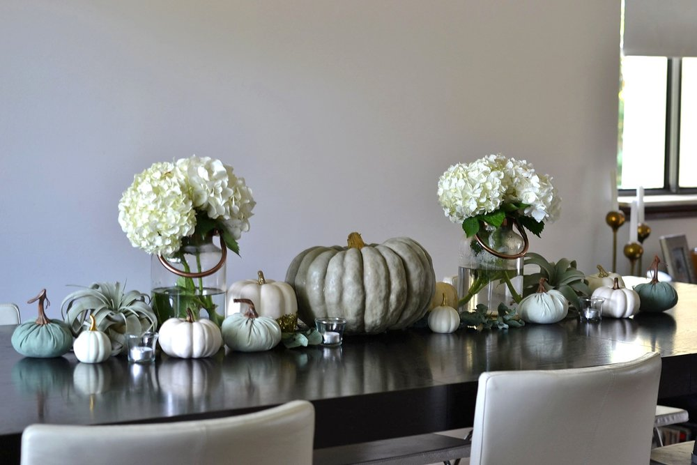 green thanksgiving tablescape