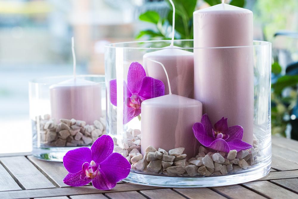 Stearinlys i vakre glassvaser