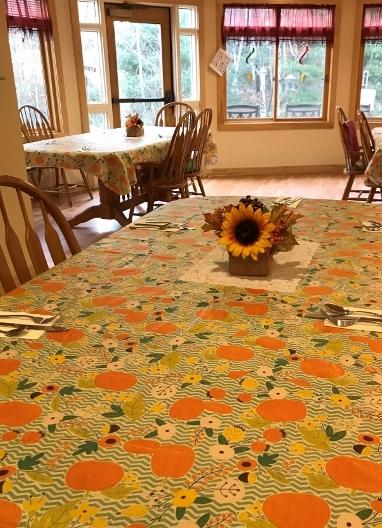 Dinning Room  (480x640).jpg