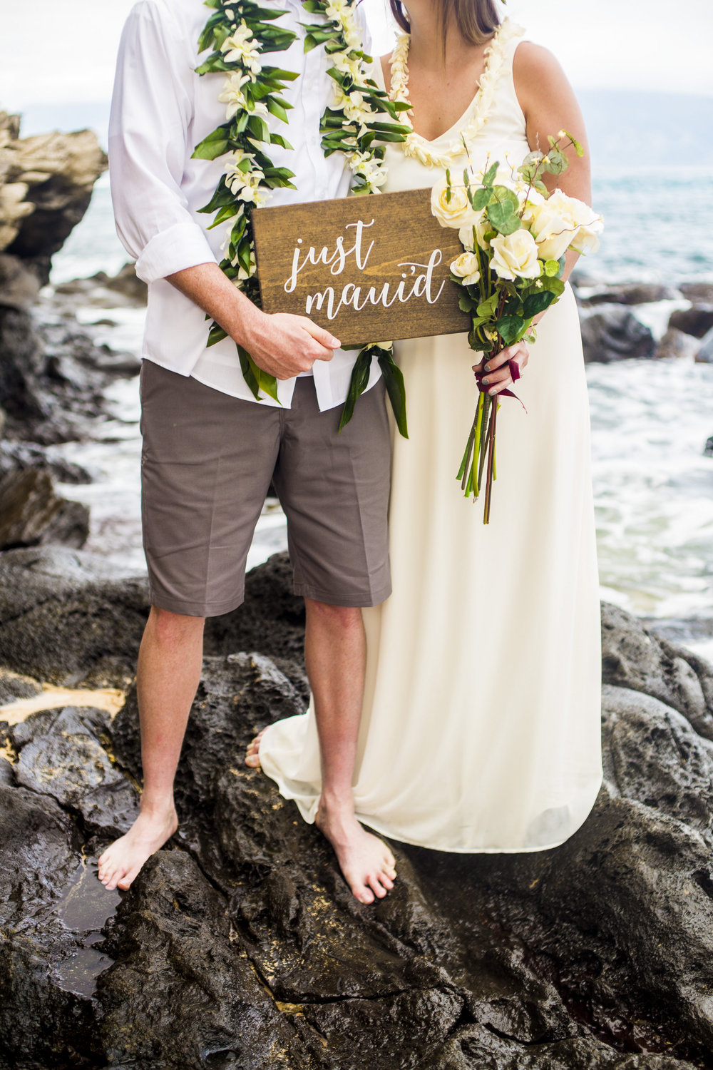 Olivia Taylor-Hawaii Elopement-0001.jpg