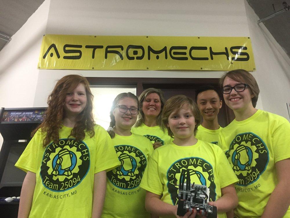 2017-18 Astromechs