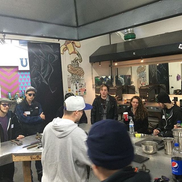 #7pointmemories - @lammiglass teaching class back in December 2015. Brrrr. #Worthit  Mark is a wealth of information and helped our students master classic shapes and fume tech. It was great to have him out here again this past November! Thank you, Mark for contributing to our school's mission of lampworking education! #theboroschool #7pointstudios #7pointcrew #lammiglass