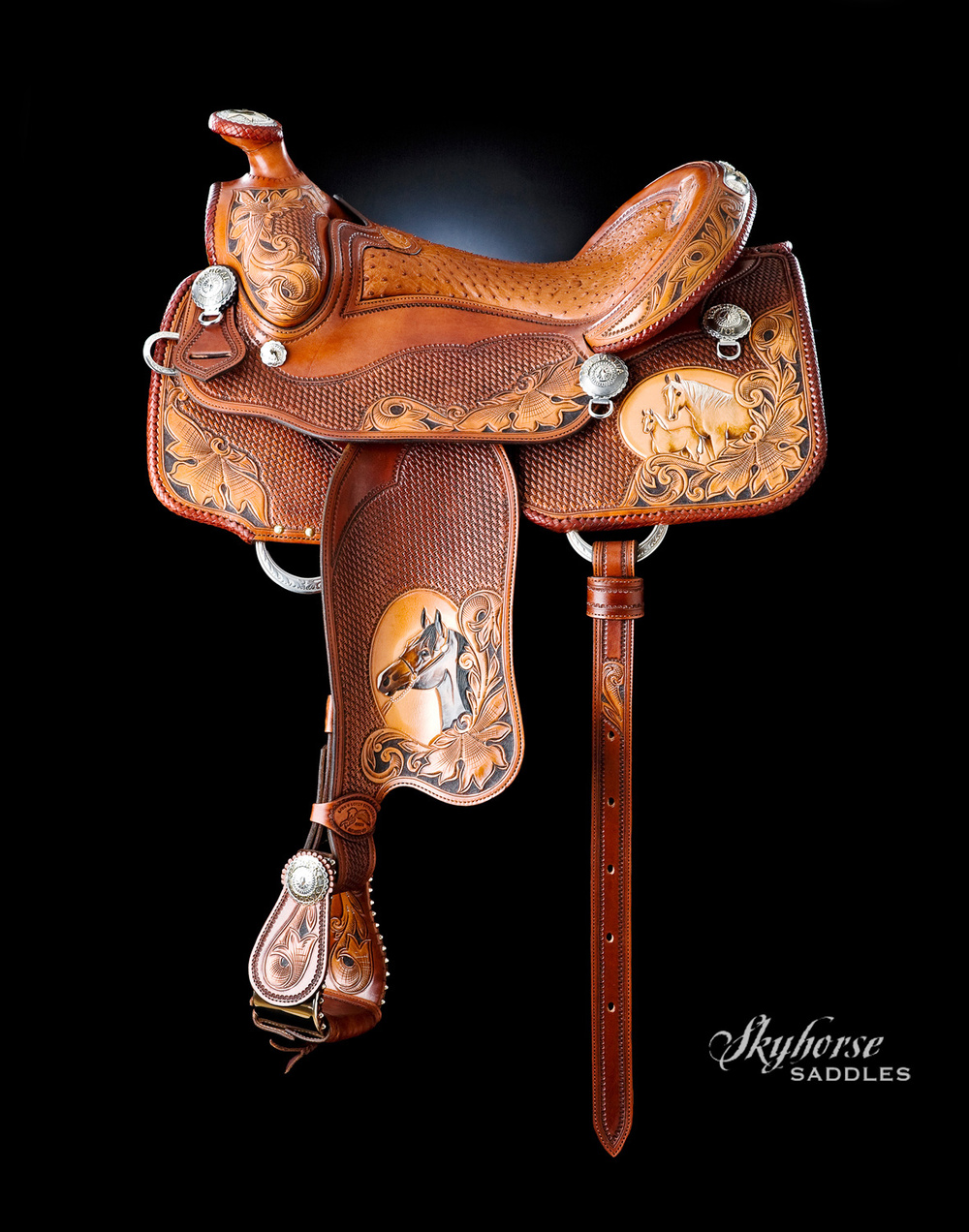 Double XX Show Saddle  Click a thumbnail for a slideshow.