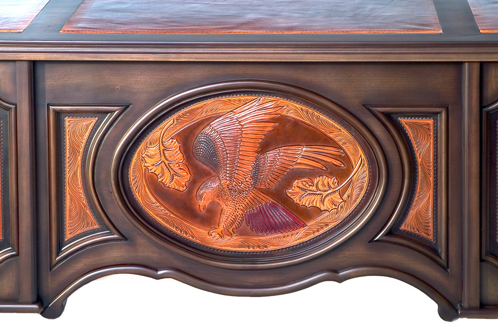 Executive Desk - detail