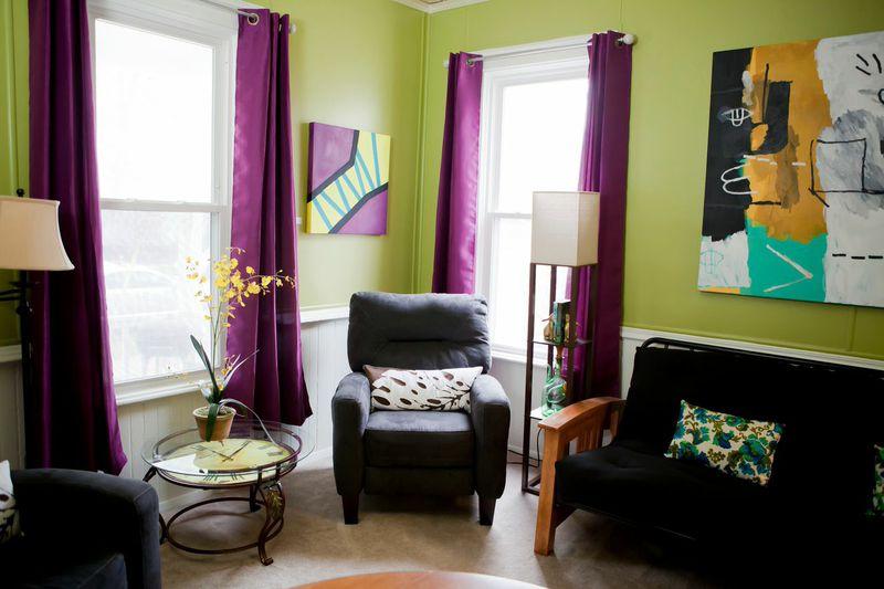 bnb_livingroom_corner.jpg