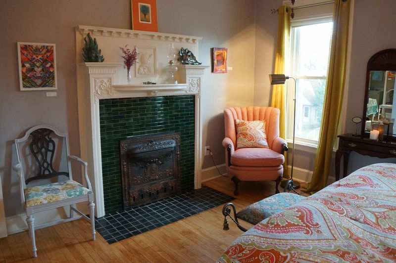 sw_muse_bedroom1_fireplace.jpg