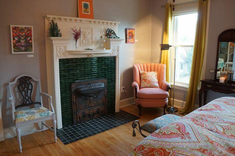 sw_muse_bedroom1_fireplace.jpg