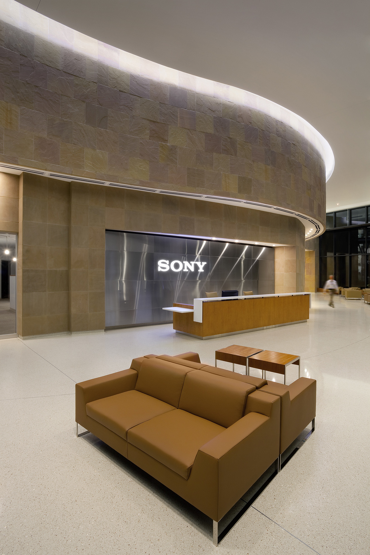 Sony_Int-3.jpg