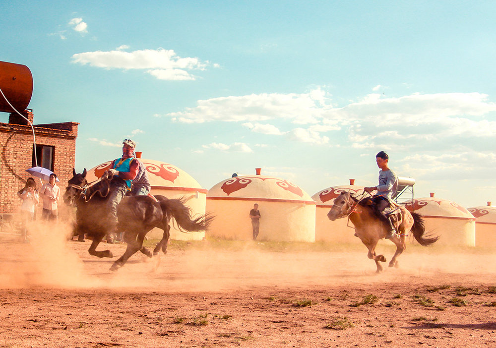 骑马.jpg