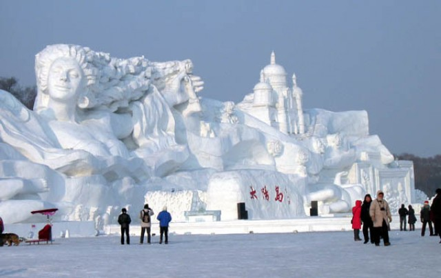 harbin-snow-sculpture.jpg