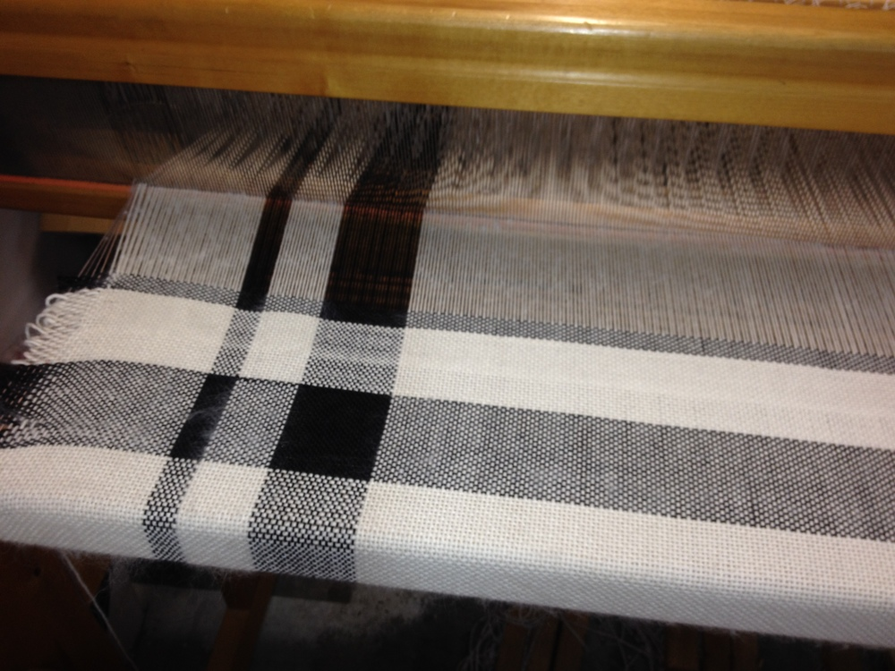 Minimalist Plaid in progress on the loom