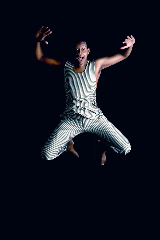 Pierr bailando 1.jpg