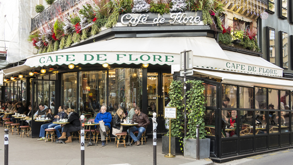 What It's Like to Sit at Famous Café de Flore