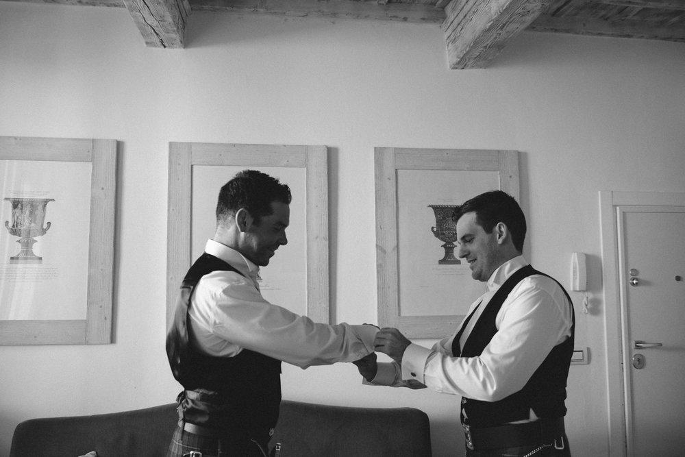 wedding_tuscany_vincigliata_0007.jpg