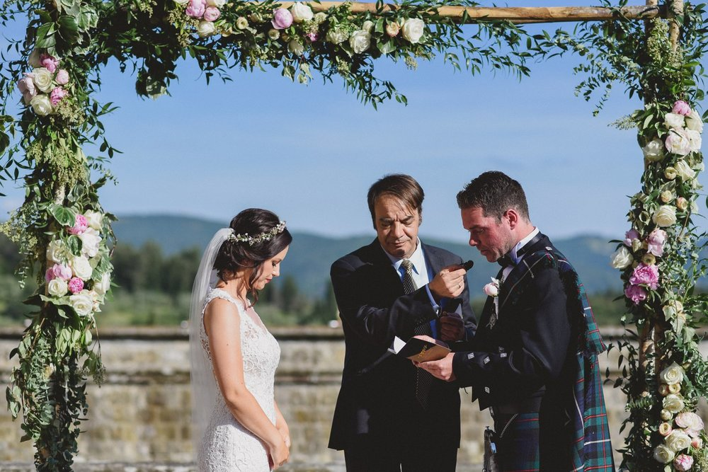 wedding_tuscany_vincigliata_0050.jpg