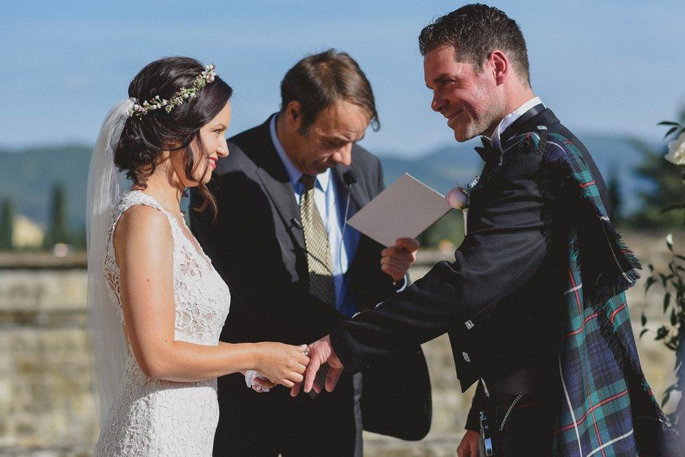 wedding_tuscany_vincigliata_0060.jpg