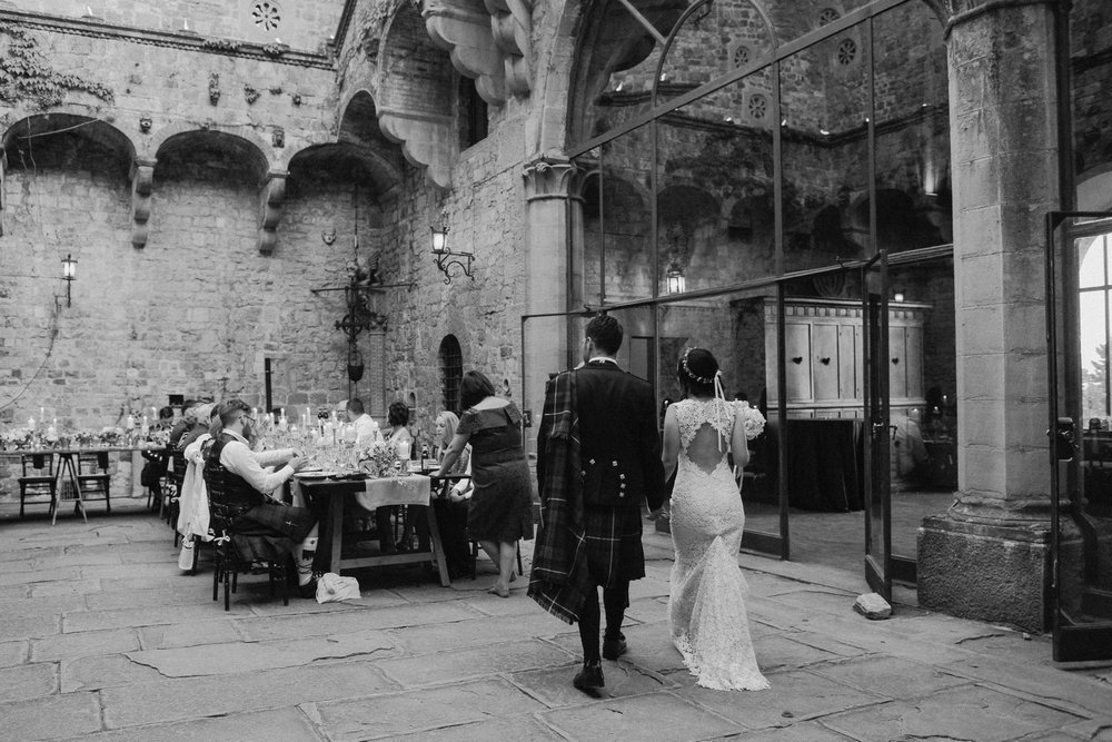 wedding_tuscany_vincigliata_0101.jpg
