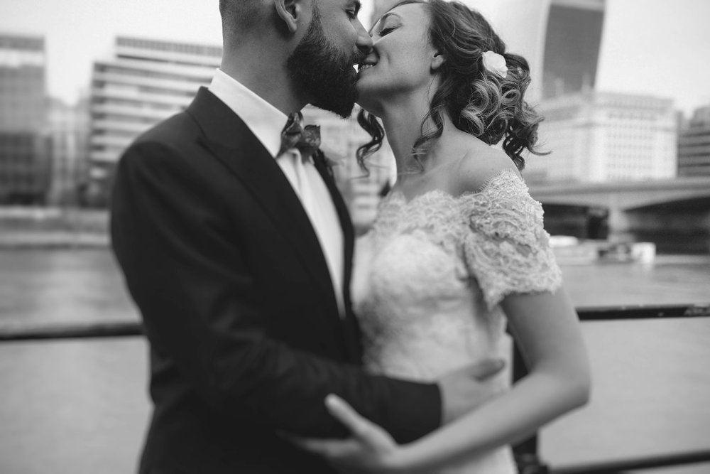 wedding-photographer-shoreditch-hoxton_0119.jpg