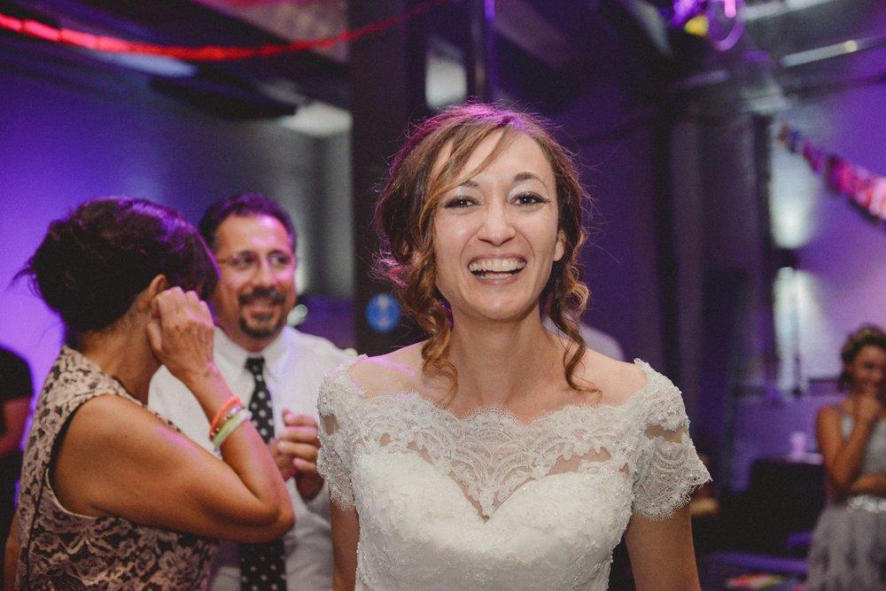 wedding-photographer-shoreditch-hoxton_0203.jpg