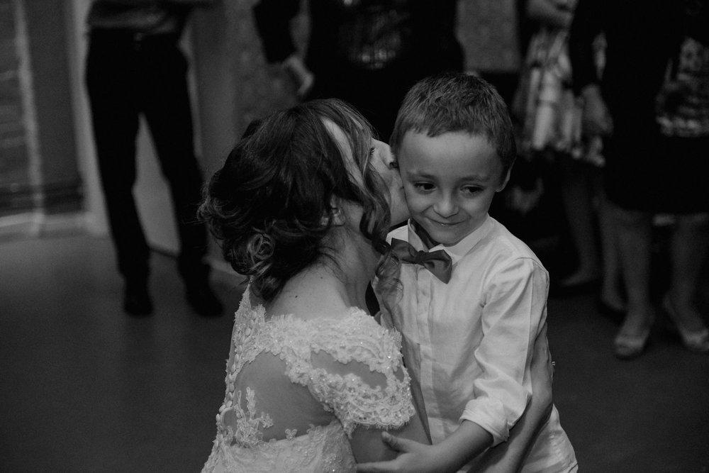 wedding-photographer-shoreditch-hoxton_0208.jpg