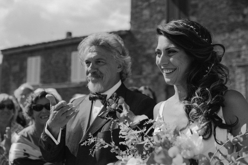 landvphotography-wedding-photographer-tuscany_1804.jpg