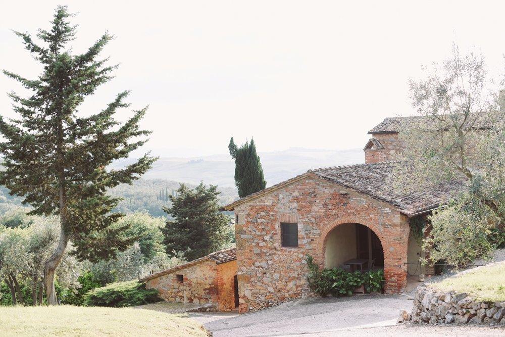 landvphotography_wedding_photographer_tuscany_0001.jpg