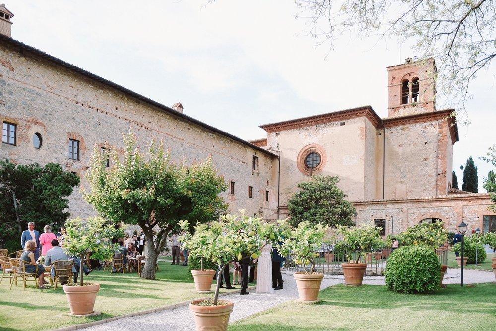 landvphotography_wedding_photographer_tuscany_0058.jpg