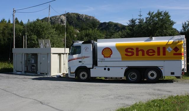 Løkta bensin påfyll.jpg