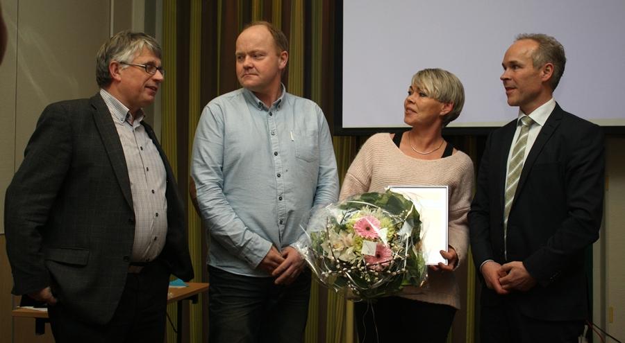 Lillesand-ordfører og prisvinnere.jpg