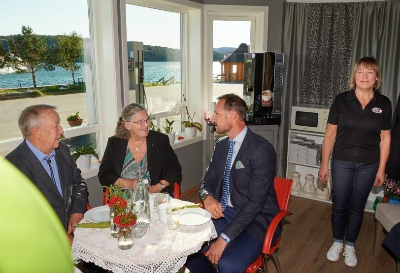 Kronprinsbesøk Jøa 5.jpg