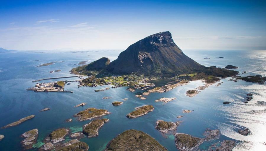 Lovund i Lurøy.jpg