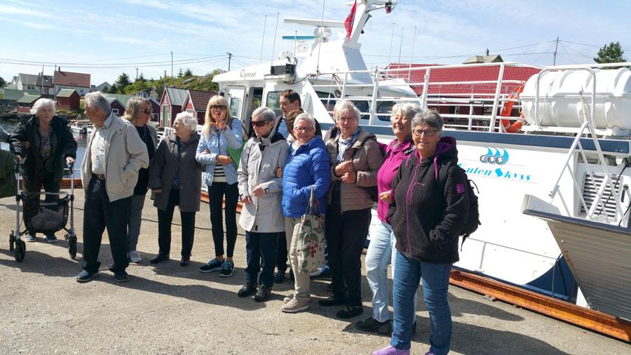 Hellesøy-turistar.jpg