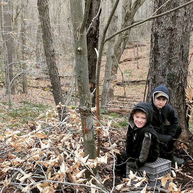 'Twas the day before #firstdayofbuck and those with an outdoors mind, were kicking out spots and building up blinds. And two cousins smiled because they knew that tomorrow at daylight, they'd be out with their dads and Grandpaps, so they probably won't sleep at all tonight. #betterthanchristmaseve #huntingfamily #outdoorfamily #deerblind #westernpa #shootstraight #goodluckhunters #takeakidhunting