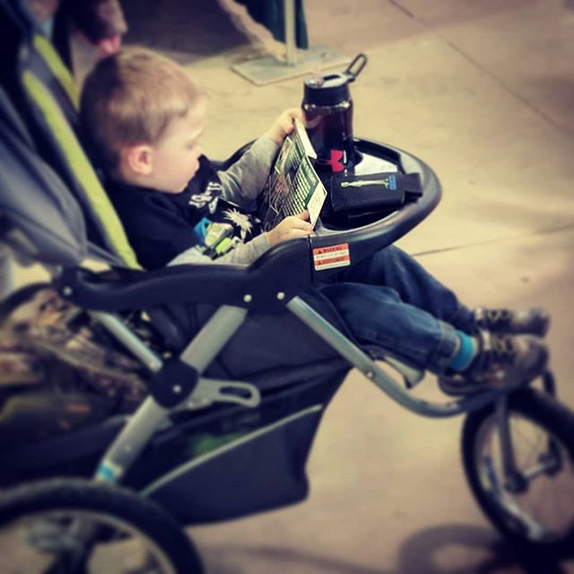 Had a great time at the #newyorksportsmansexpo with @highridgehunting It is always refreshing to be surrounded by likeminded outsdoor families. This little dude picked up some new reading material from us and dug in right then! 🙌 #startemyoung  #thehuntingdaddies