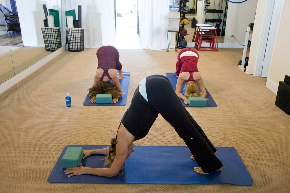 yoga-263673_1920.jpg